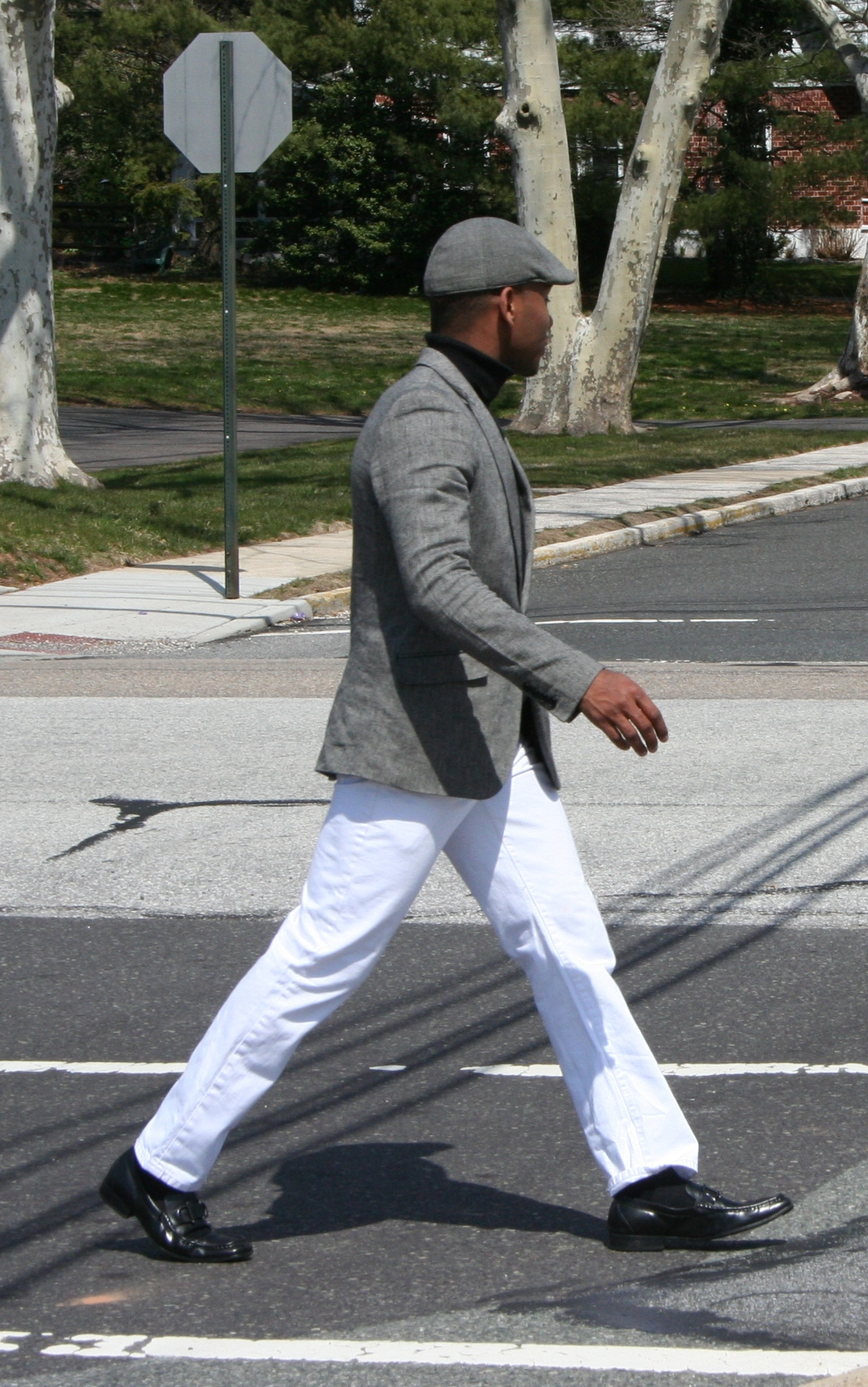 ea8ab629fc8 Check to make sure the fabric of both your driving cap and blazer are  similar. In this look